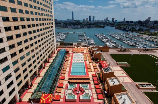 h2o-pool-and-marina